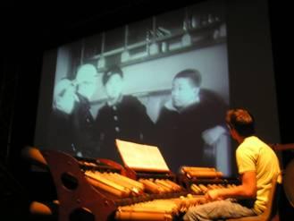 Ciné concert « Les gosses de Tokyo » (création 2007)