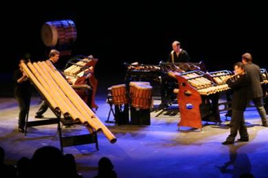 Un jour, ils ont rencontré un bambou (création 2009) - Bamboo Orchestra
